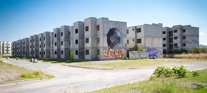 En el país existen 650,000 viviendas abandonadas, de las que, en coordinación con el gobierno federal, se regenerarán 171,000 en la presente administración; solo en Jalisco se registran 70,000 inmuebles ...